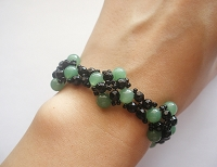 Green Jade Oryx Flower Bracelet Tutorial