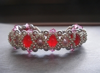 Ruby Rose Pearl Metallic Bracelet Tutorial