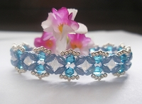 Dainty Blue Superduo Bracelet Tutorial