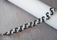 White Opal Black Wavy Bracelet Tutorial