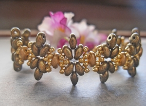 SuperDuo Green Flower Golden Bracelet Tutorial