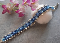 Blue Cross Bead Superduo Bracelet Tutorial