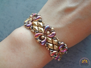 Golden Zoli Bracelet Tutorial
