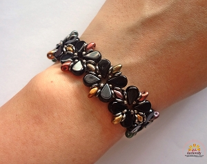 Black Rainbow Flower Bracelet Tutorial