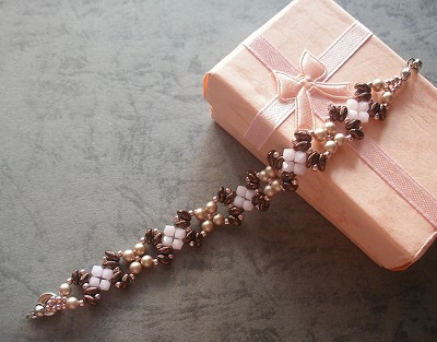 Rose Bronze Superduo Bracelet Tutorial
