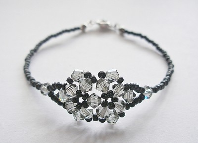 Black Diamond Twin Flower Bracelet Tutorial