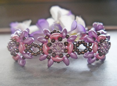 Pink Purple Superduo Flower Bracelet Tutorial