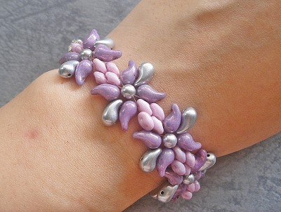 ZoliDuo Flower Bracelet Tutorial