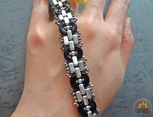 Brick Chain Acros Bracelet Tutorial