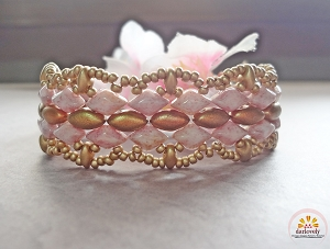 Golden Pink Lacy Bracelet Tutorial