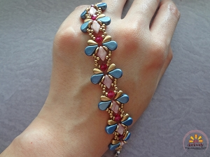 Blue Ruby Butterfly Bracelet Tutorial