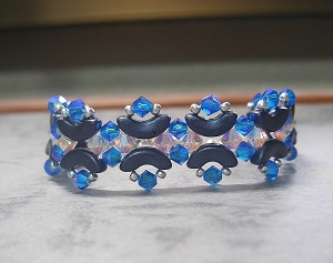 Crystal Blue Arcos Bracelet Tutorial